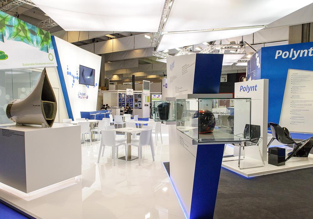 Espositori prodotti nello stand Polynt alla fiera JEC di Parigi