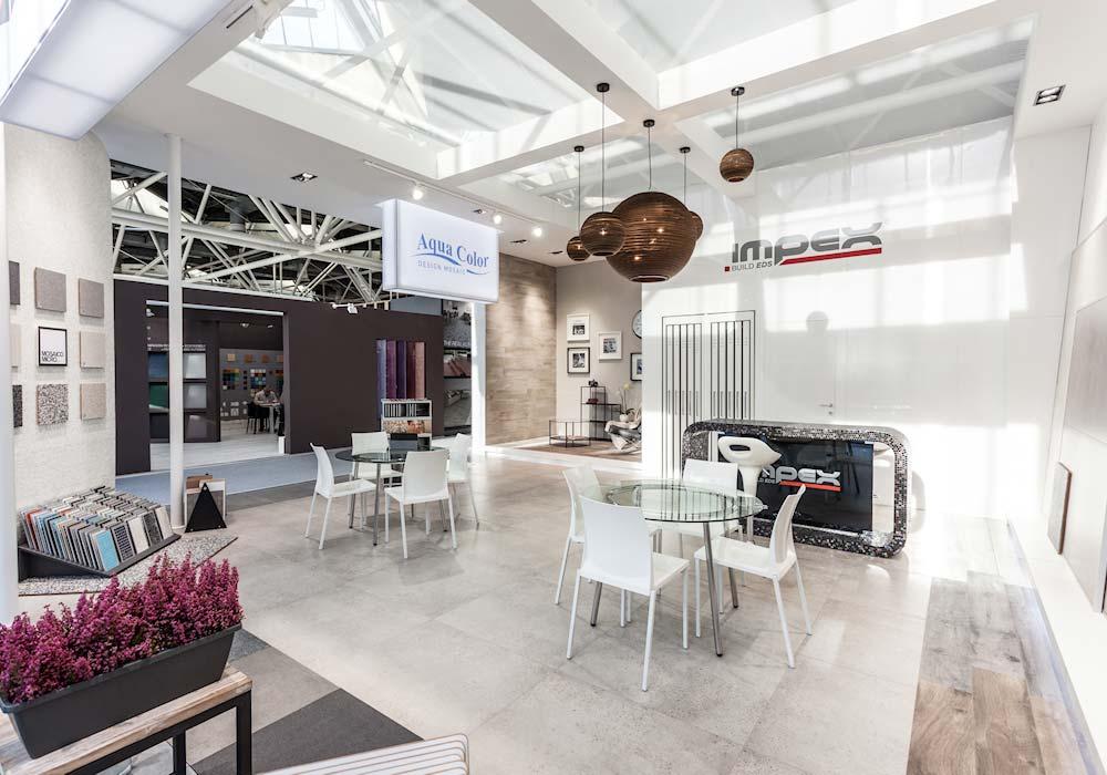 Vista interna dello stand Impex al salone Cersaie 2014 di BolognaFiere