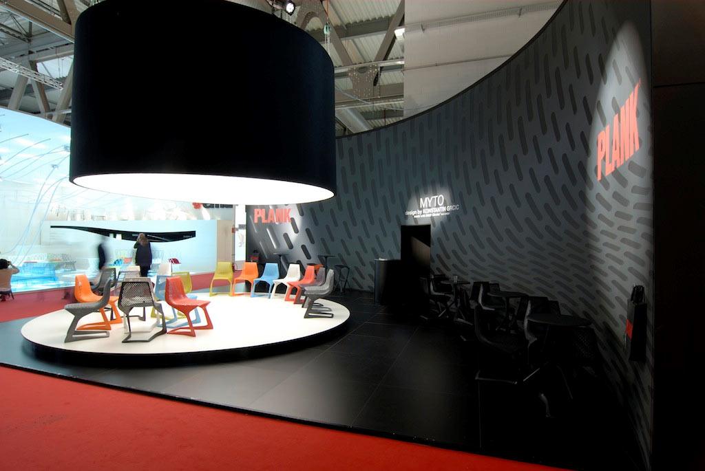Vista dello stand Plank allestito per il salone del mobile 2008 di Milano