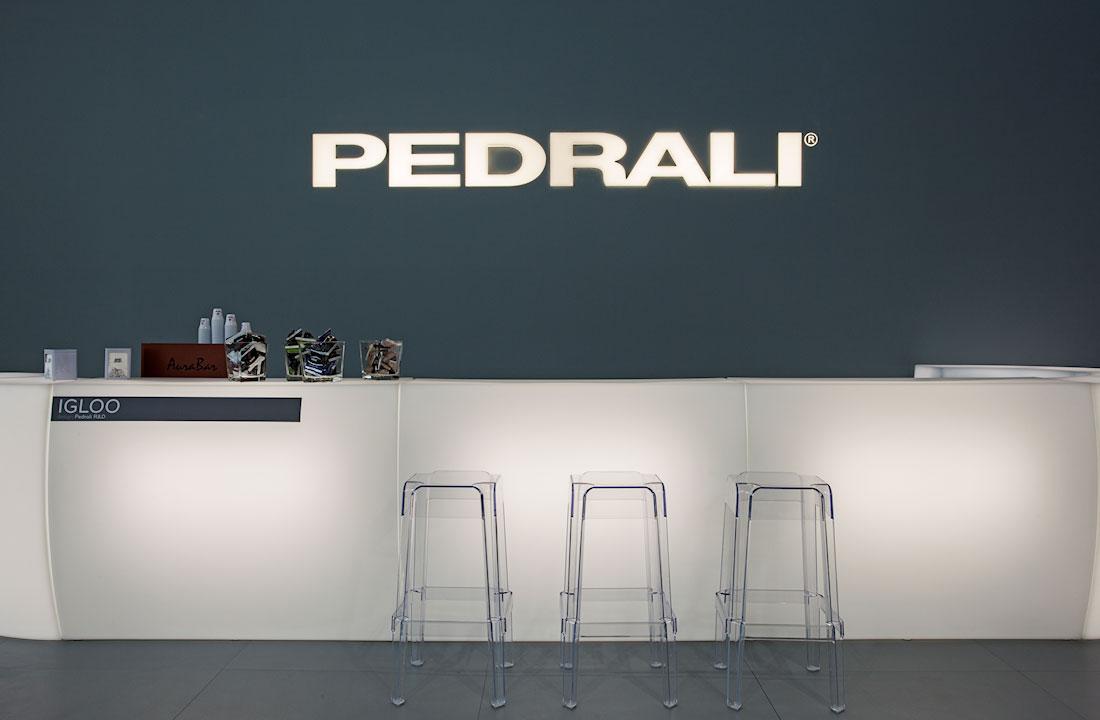 Bancone accoglienza nello Stand Pedrali allestito per il Salone Internazionale Gelateria Pasticceria e Panificazione Artigianali SIGEP 2014 alla fiera di Rimini