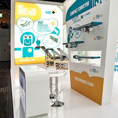 Stand MB Conveyors allestito per la fiera internazionale delle materie plastiche e della gomma K 2013 di Düsseldorf