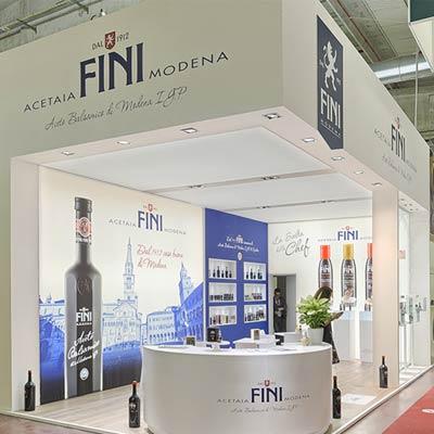 Stand Acetaia Fini progettato per il Salone internazionale dell'alimentazione CIBUS tenutosi alle fiere di Parma.
