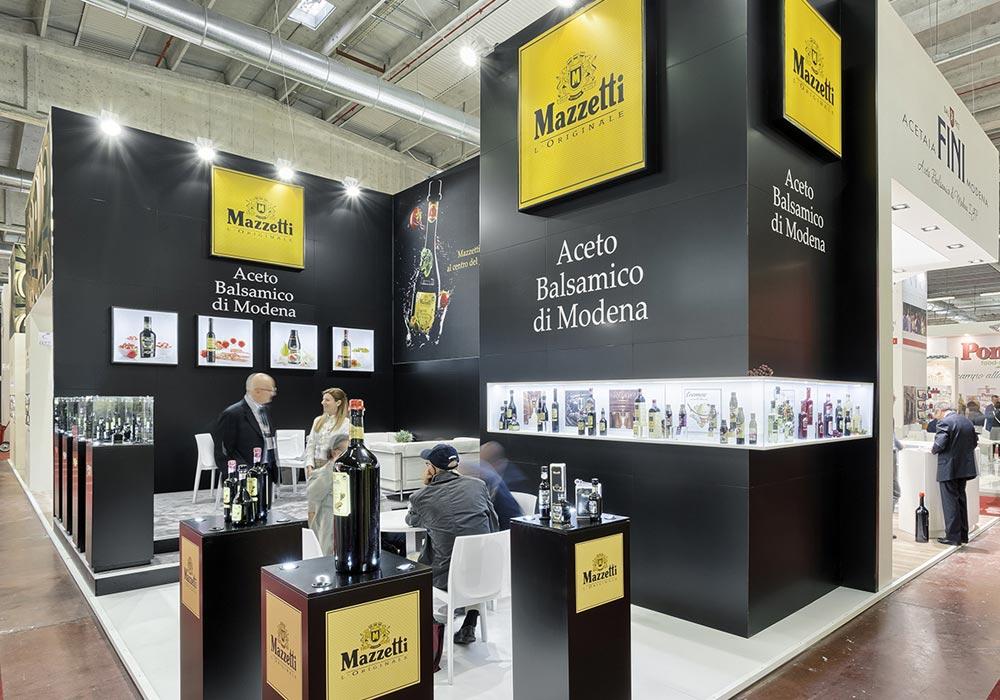 Vista d'insieme dello stand Mazzetti progettato per il Salone internazionale dell'alimentazione CIBUS tenutosi alle fiere di Parma.